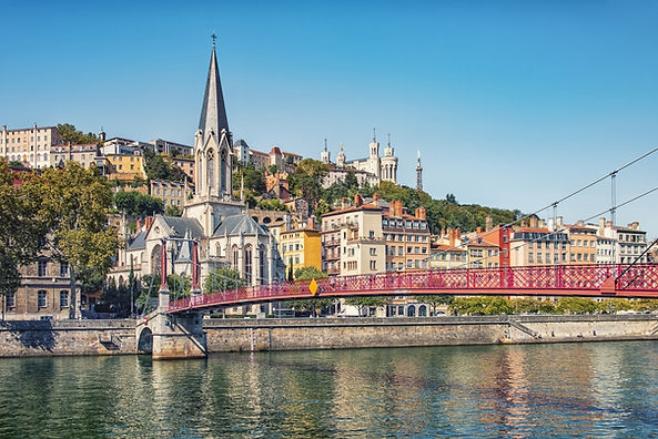 Ponte vermelha em Lyon