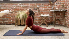 A Pilates Instructor Recommends These Exercises For A Healthy and Flexible Spine