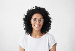 Porträt der lächelnden Frau