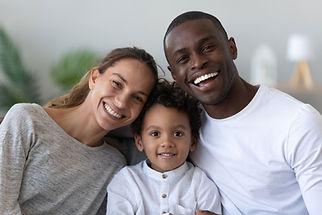 Famille souriante