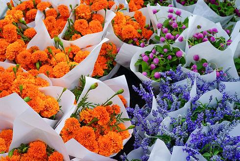 鮮やかな花束