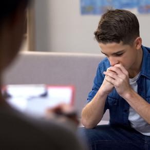 Como ajudar um adolescente com depressão - dicas para pais