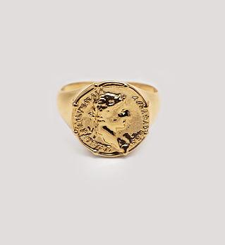 Золотое мужское кольцо, изготовленное на заказ.