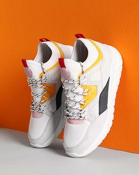 Zapatos en exhibición