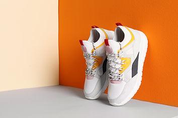 Ausgestellte Schuhe