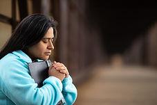 Mujer devota