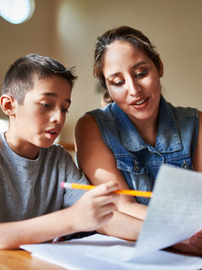 Estudando com criança