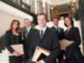 Anwälte in der Lobby