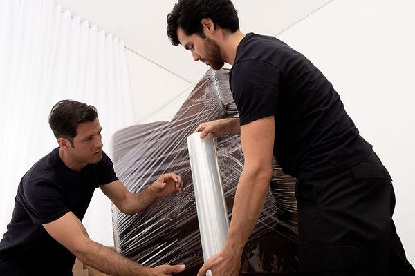 Inpackning av soffan