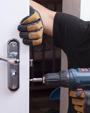 Fixing a Door - Local Locksmith