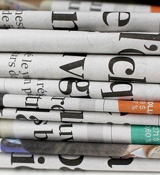 Mucchio di giornali