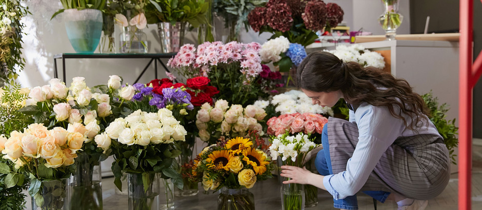 Flower Power - A seasonal guide to florals in event decor!