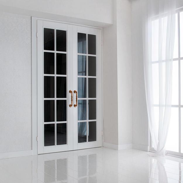 Ușă de interior, parțial sticlă