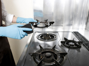 How to do an oven clean on a budget