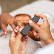 Dépose + soins des ongles