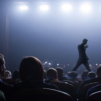 Artista no palco
