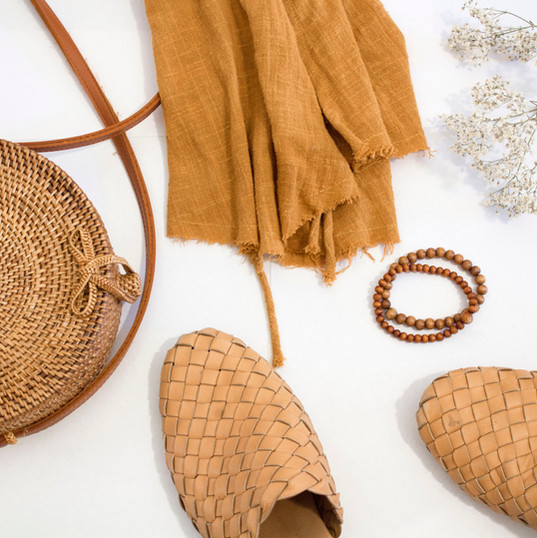 Light Brown Accessories