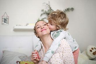 Enfant aimant