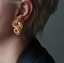 Boucle d'oreille en or