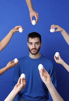 Rodeado por ovos