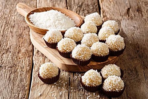 Brigadeiros à la noix de coco