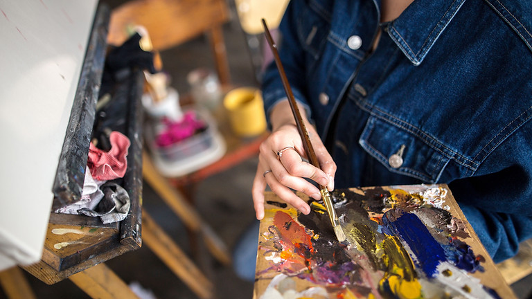 Sip and Paint (Acrylics) – Registration Required – Virtual Online Live Class