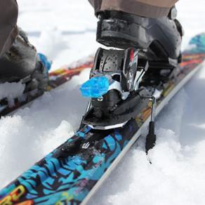 It's Ski & Snowboard service time
