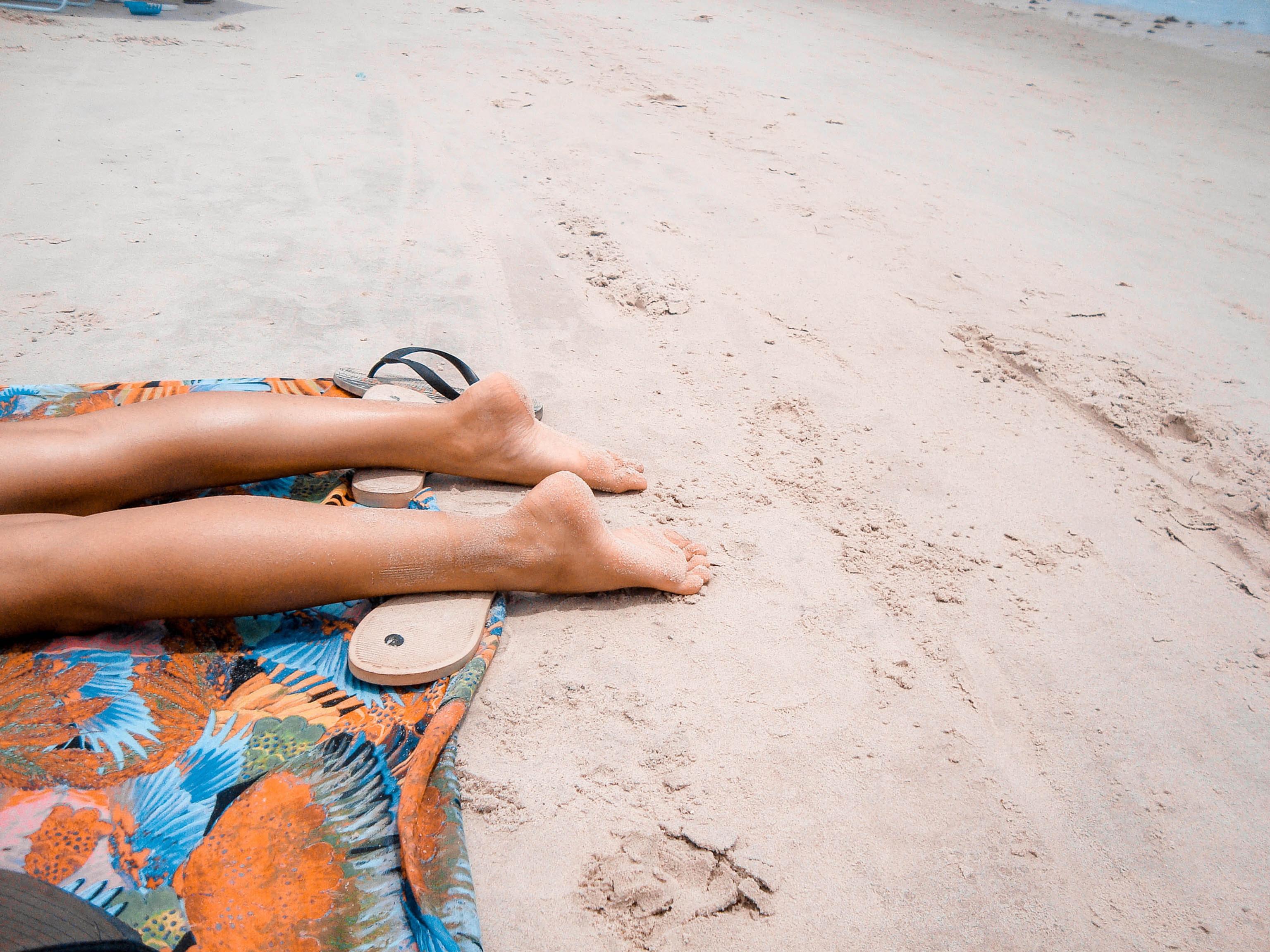 Beach Bums Legs only Spray Tan