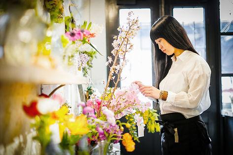 Browsing Flowers