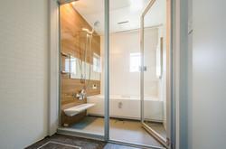 新しいバスルーム