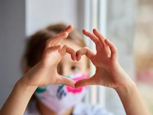 Dành tặng cho những người cha: Hãy yêu thương con thật nhiều!