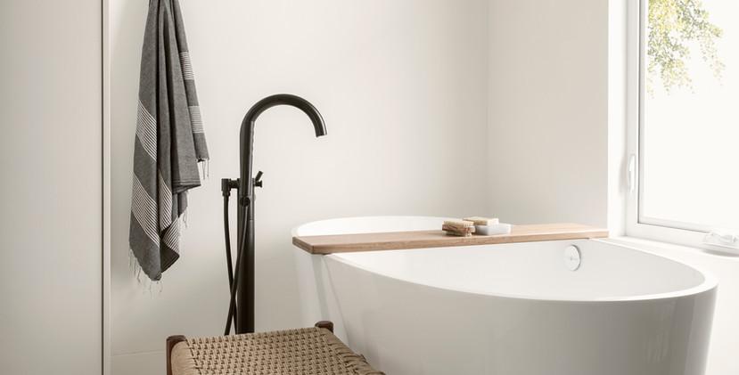 Modern Bathtub