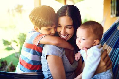 Mãe e filhos