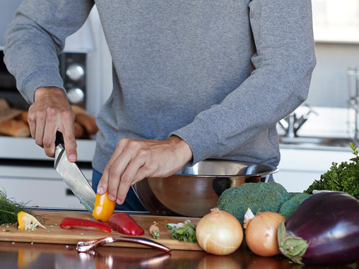 لحظة! هل لدى الرجال قدرة أفضل من النساء على اتباع الأنظمة الغذائية؟!