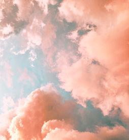 Nuvens Laranja
