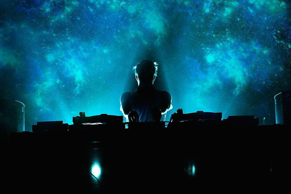 Dramatischer DJ