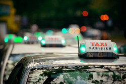 Paris'te taksi