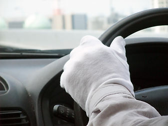 Driving with Gloves