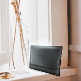 Porte-monnaie en cuir noir