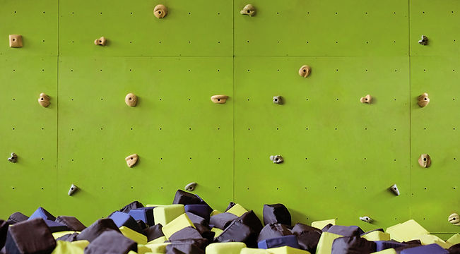 Mur d'escalade intérieur