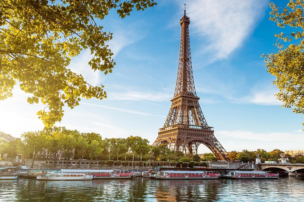 Tour Eiffel, poupées miniatures Paris