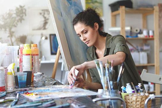 Artista en el trabajo