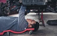 Réparer une voiture