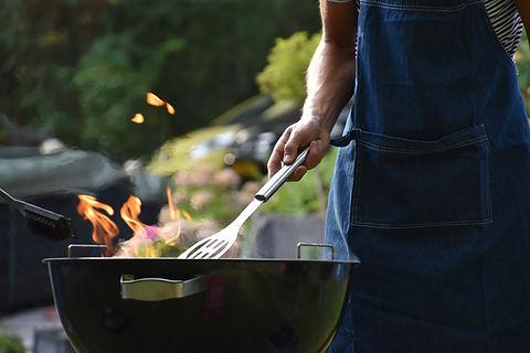 Preparando churrasco