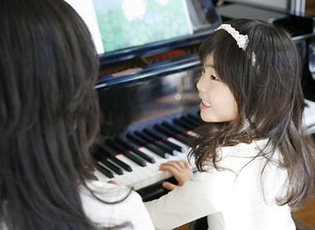 Medley Music school Toa payoh Piano Lessons for kids