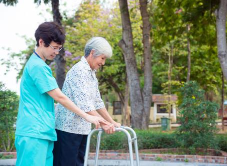救急病院に担ぎ込まれて、老後のことを考え始めました。