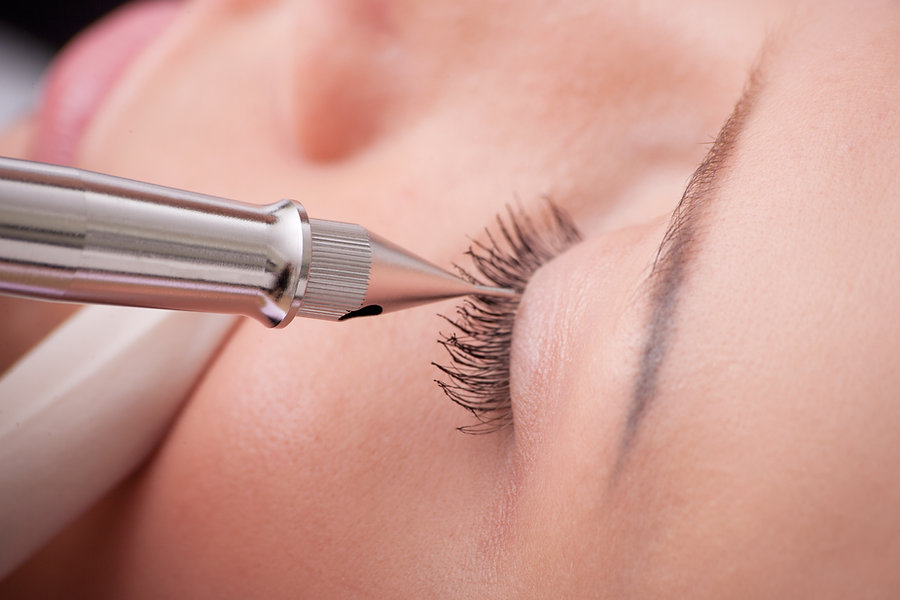 Permanent øjenvippe makeup