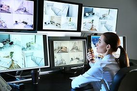 Obrazovky pro sledování zabezpečení