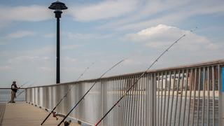 SL19 Lone Fisherman