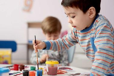 matériel d'art pour les enfants, crayons de couleurs, feutre chameleon, dessiner en s'amusant